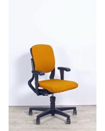 Ahrend 230 bureaustoel, EN1335, lage rug, oranje-geel gestoffeerd