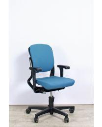 Ahrend 230 bureaustoel, EN1335, lage rug, lichtblauw gestoffeerd
