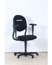 Ahrend 220 bureaustoel, EN1335, 3D armleuningen, NIEUWE zwarte stof