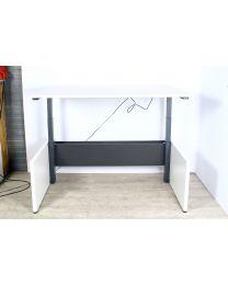 Herman Miller elektrisch zit/sta bureau, directie uitvoering, 157,5x98,5 cm